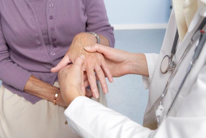 Khi nào tê nhức chân tay là bệnh lý?