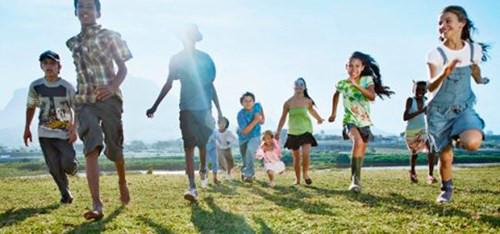 Giúp trẻ giảm nguy cơ cận thị
