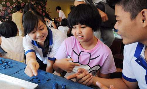 Cùng trẻ tự kỷ hòa nhập cộng đồng