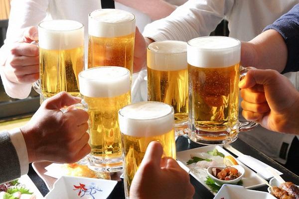 """""""Văn hóa"""" uống rượu, bia"""