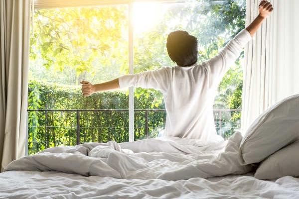 Những điều nên làm khi thức dậy để bảo vệ sức khỏe  trong những ngày rét đậm