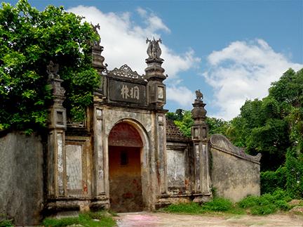 Đừng làm mất nét đẹp văn hóa cổng làng