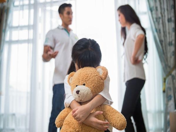 Bố mẹ cãi nhau ảnh hưởng đến con trẻ như thế nào?