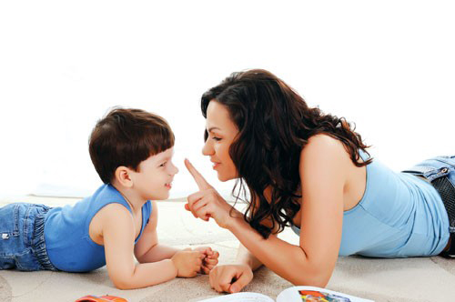 """Cách dạy con trẻ từ những điều nhỏ nhất """"học ăn học nói"""""""